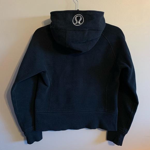 Lululemon pure black size 6 scuba hoodie